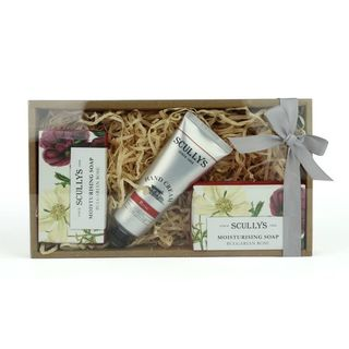 Scullys & Co Rose Gift Box